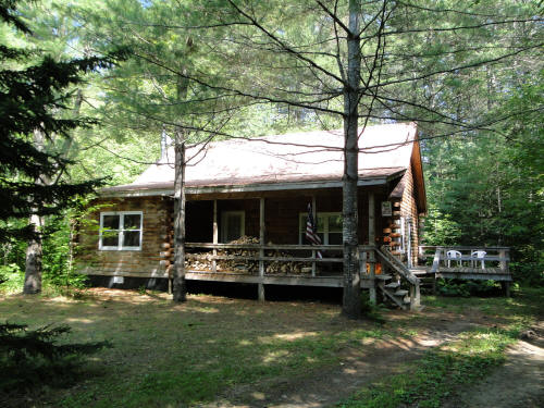 Homes for sale in the adirondacks of ny gore mountain homes for Adirondack cabin builders